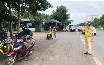 Từ ngày 29/10, cán bộ, viên chức làm việc tại tỉnh Đắk Nông không đi về tỉnh Đắk Lắk trong 14 ngày