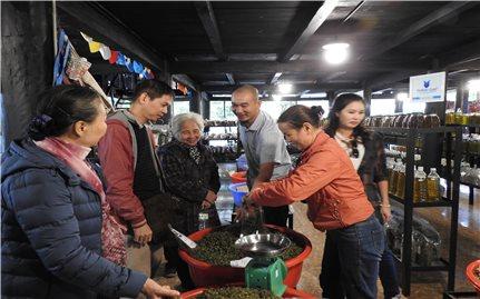 Điểm dừng chân Bắc Sum (Hà Giang): Thúc đẩy tiêu thụ nông sản cho đồng bào dân tộc thiểu số