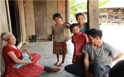 Tảo hôn- Vòng luẩn quẩn của đói nghèo, thất học