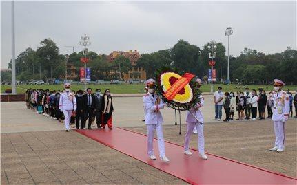 145 học sinh, sinh viên, thanh niên DTTS xuất sắc, tiêu biểu báo công dâng Bác