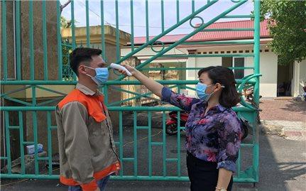 Trường Cao đẳng Lào Cai: 100% học sinh, sinh viên trở lại trường thực hiện kiểm tra y tế
