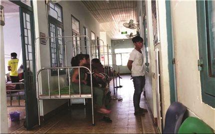 Tánh Linh (Bình Thuận): Nhiều nhân viên y tế khám, chữa bệnh không đúng chuyên môn