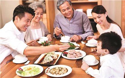 Văn hóa ứng xử trong bữa cơm gia đình