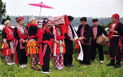 Phong tục ở rể nhiều ý nghĩa của người Dao