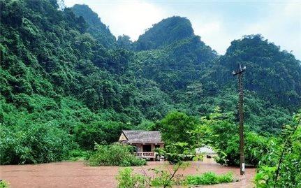 Thủ tướng ra công điện chỉ đạo tập trung đối phó mưa lũ lớn tại miền Trung