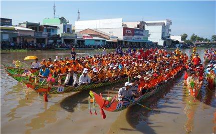 Khoảng 50 đội tham gia Lễ hội Oóc Om Bóc - Đua ghe Ngo Sóc Trăng năm 2020