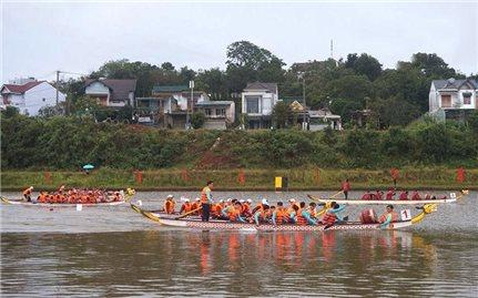 Trao Giải đua thuyền truyền thống vô địch quốc gia năm 2020