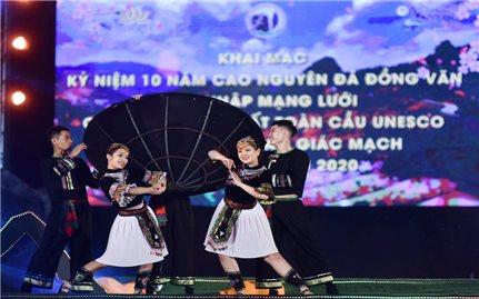 """Hà Giang: """"Sắc hoa trên Cao nguyên đá"""""""