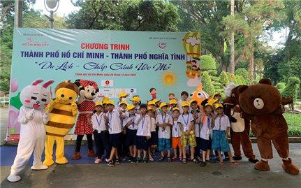 """5.000 suất """"Du lịch - Chắp cánh ước mơ"""" cho trẻ em, hộ nghèo tại TP. Hồ Chí Minh"""