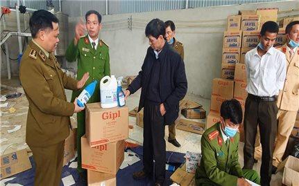 Thanh Hóa: Triệt phá cơ sở sản xuất nước giặt, chất tẩy giả