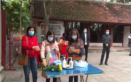 Lào Cai: Tăng cường phòng chống dịch tại đền, chùa