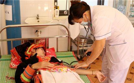 Phát triển nguồn nhân lực y tế vùng DTTS và miền núi: Giải pháp hiệu quả để nâng cao chất lượng y tế cơ sở (Bài 1)