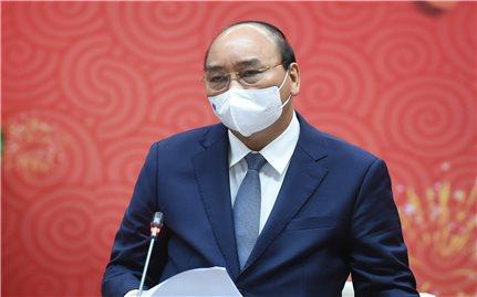 Thủ tướng Nguyễn Xuân Phúc: Trân quý những hành động, tinh thần hy sinh cao cả của các chiến sĩ áo trắng