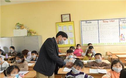 Hà Nội xem xét cho học sinh tiếp tục nghỉ học để phòng chống dịch COVID-19 từ ngày 17/2