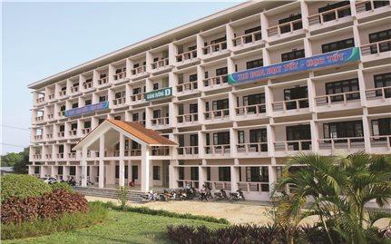 Đào tạo đại học gắn với phát triển kinh tế - xã hội vùng DTTS và miền núi