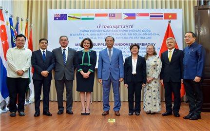 Việt Nam tích cực hỗ trợ các quốc gia phòng, chống dịch bệnh Covid-19