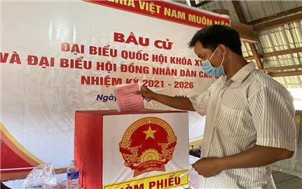 Kon Tum: Hơn 10.000 cử tri huyện Đắk Glei đi bỏ phiếu bầu cử sớm