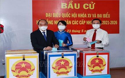 Chủ tịch nước Nguyễn Xuân Phúc bầu cử tại Thành phố Hồ Chí Minh