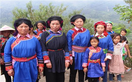 Khám phá phong tục cưới hỏi của dân tộc Cờ Lao