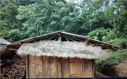 Điện Biên: Khẩn trương di dời các hộ dân bản Mường Tỉnh A ra khỏi vùng nguy cơ sạt lở