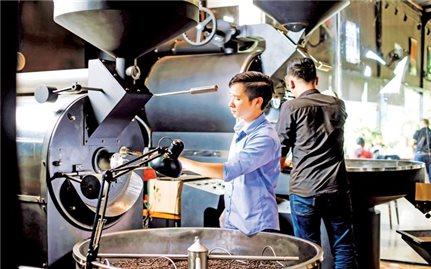 Thành ông chủ chuỗi cà phê từ bàn tay trắng