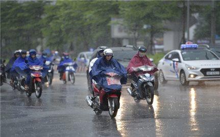 Miền Bắc và miền Trung mưa rét, có nơi 13 độ C, cảnh báo lũ quét, sạt lở đất