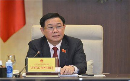 Chủ tịch Quốc hội Vương Đình Huệ chủ trì cuộc họp tổng kết sơ bộ kết quả tuần họp đầu tiên tại Kỳ họp thứ 2, Quốc hội khóa XV