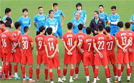 Đội tuyển Việt Nam tìm điểm số trong tháng 10