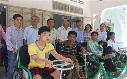Người khuyết tật luôn nhận được sự chia sẻ của cộng đồng