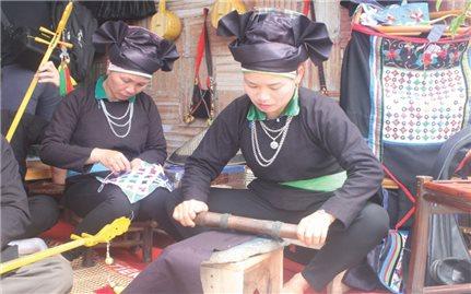 Hợp tác xã dệt thổ cẩm Mường Chang: Phát triển kinh tế gắn với bảo tồn văn hóa