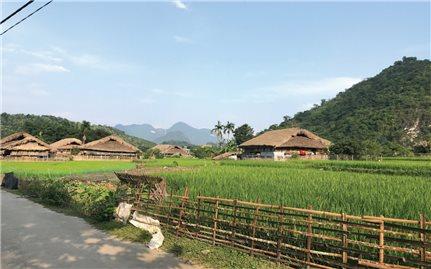 Làng văn hóa du lịch cộng đồng: Một sản phẩm du lịch độc đáo của Hà Giang