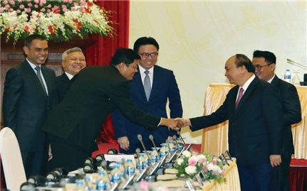 """Thủ tướng Chính phủ Nguyễn Xuân Phúc: Không """"ôm giữ"""" những điều kiện không cần thiết"""