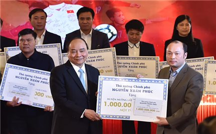 Mường Lát: Nhiều hộ nghèo được nhận nhà của Thủ tướng tặng