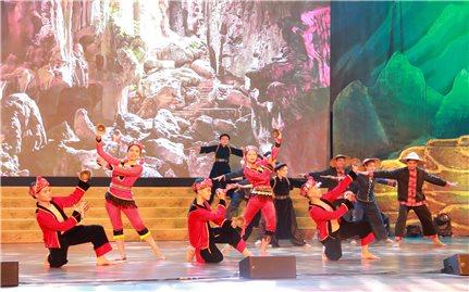 Tưng bừng Ngày hội Văn hóa, Thể thao và Du lịch các dân tộc vùng Đông Bắc năm 2018