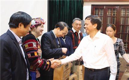 Người có uy tín trong đồng bào DTTS tỉnh Hà Giang: Phát huy vai trò trên mọi lĩnh vực