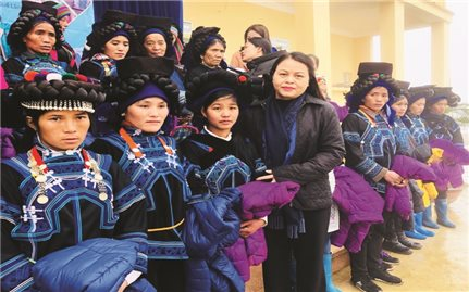 """Chủ tịch Trung ương Hội LHPN Việt Nam: """"Tạo sinh kế để nâng cao vị thế phụ nữ người DTTS"""""""