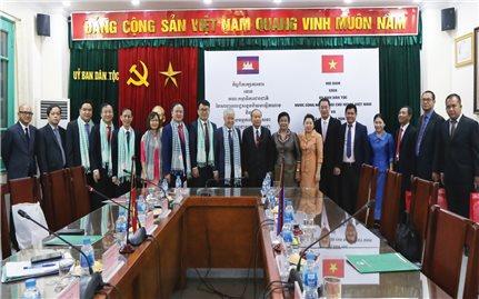 Hợp tác giữa Việt Nam và Campuchia về lĩnh vực công tác dân tộc: Ngày càng bền chặt và hiệu quả