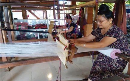 Kinh doanh từ nền tảng văn hóa truyền thống
