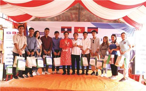 Tuổi trẻ Việt Nam - Lào - Campuchia vun đắp tình hữu nghị
