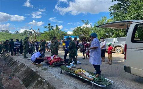 Cứu được 33 người vụ sạt lở núi ở huyện Nam Trà My, Quảng Nam