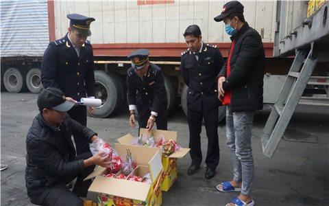 Lào Cai: Tăng cường phòng chống buôn lậu, gian lận thương mại dịp cuối năm