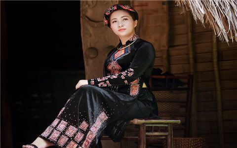 Làm du lịch để quảng bá văn hóa dân tộc