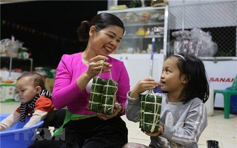 Bánh ống - đặc sản truyền thống của dân tộc Mường