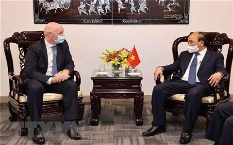 FIFA sẽ hợp tác chặt chẽ với Liên đoàn bóng đá Việt Nam