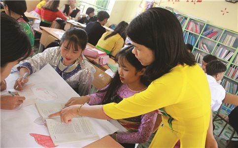 Học sinh vùng DTTS và miền núi trước kỳ thi THPT quốc gia