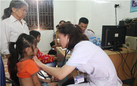 Phát triển nguồn nhân lực y tế vùng DTTS và miền núi: Thực tế và nhu cầu còn khoảng cách khá xa (Bài 2)