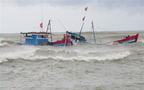 Tàu của ngư dân Nghệ An gặp nạn: 1 người chết và 5 người mất tích