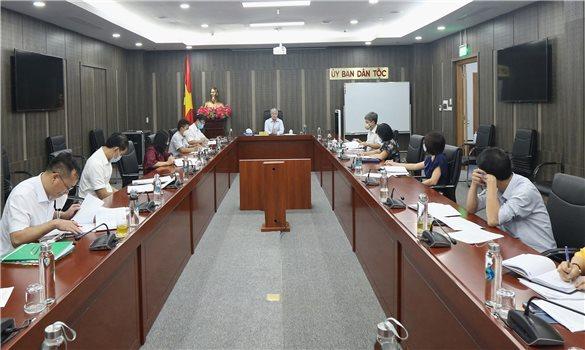 Bộ trưởng Đỗ Văn Chiến chủ trì họp về việc xây dựng tiêu chí xác định các dân tộc