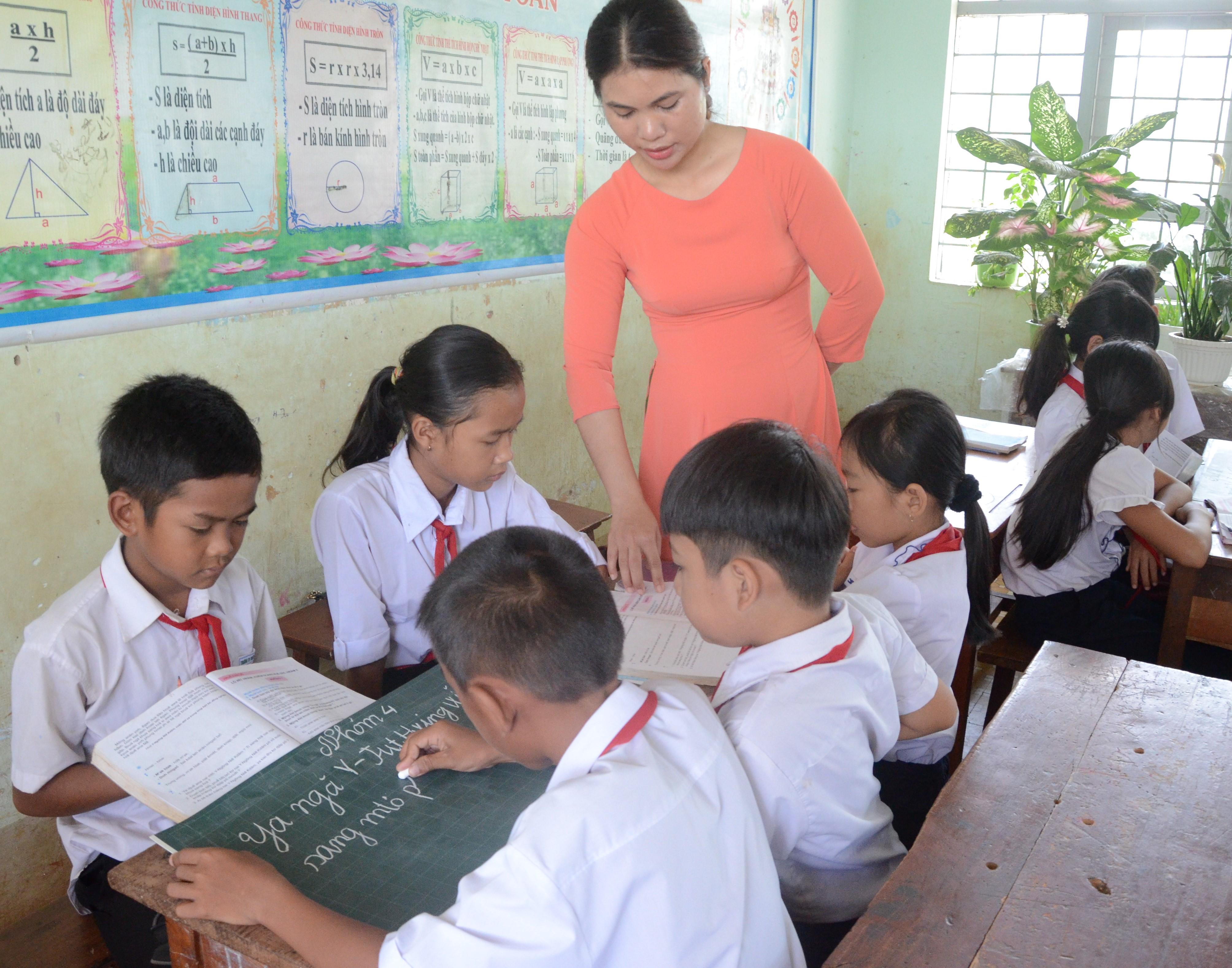 Các trường tiểu học, mầm non trên địa bàn tỉnh Đăk Lăk được tăng cường tiếng Việt bằng nhiều cách