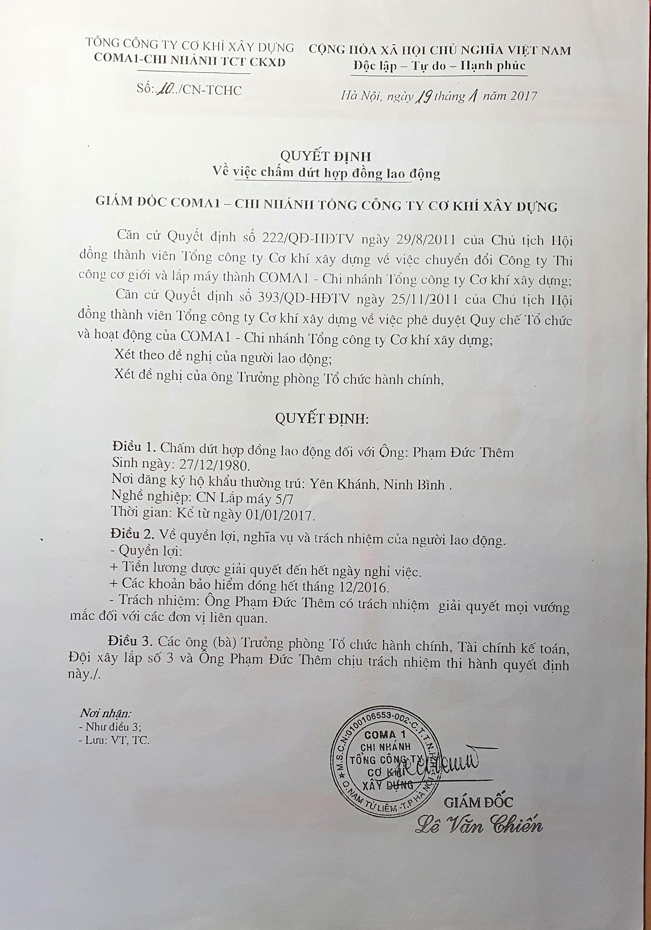 Mặc dù đã nhận được quyết định chấm dứt hợp đồng lao động nhưng đã 4 năm nay ông Thêm chưa nhận được sổ BHXH.